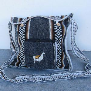 Juliaca hand bag made from Alpaca wool