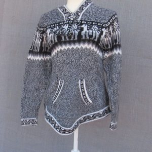 Wool Alpaca Clothing, Andes Store, Hoodie, Peru. This pullover cloth is designed by Mestas family in Peru