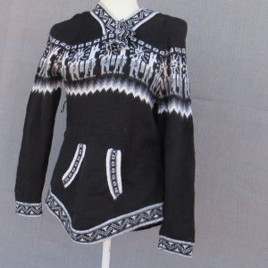 Wool Alpaca Clothing, Andes Store, Hoodie. Mestas crafter made this clothes of alpaca wool