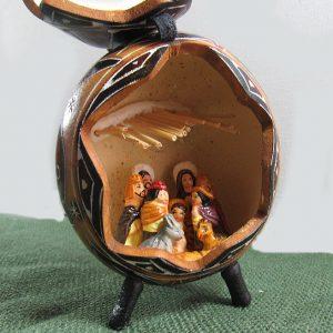 nativity in gourd, Peruvian style