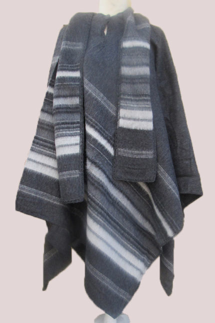 Andes alpaca wool poncho